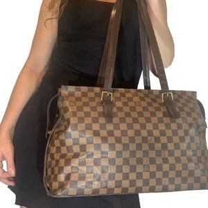Vintage LOUIS VUITTON Damier Ebene Chelsea Bag